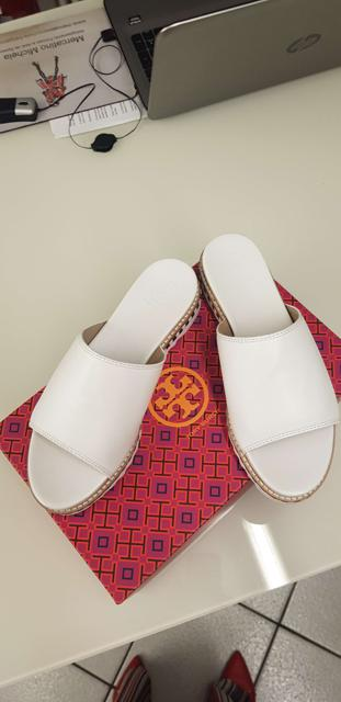 Morbidissime ciabattine estive di  TORY BURCH 1