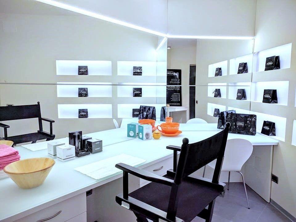 La Cabina Estetica In Farmacia : Cabina estetica farmacia dott paolo terziotti mypushop