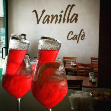 Vanilla Cafè logo