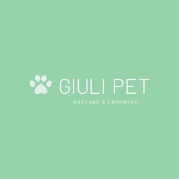 Giuli pet  daycare & grooming logo